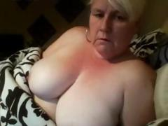 Karen is a big amateur mature golden-haired that can't live without playing with her fat pussy