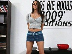 Miss Big Pantoons 2009 Nominee Rachel RoXXX