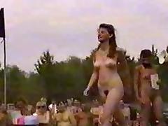 Nudist campaign fight