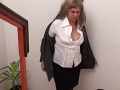 Undressing and sticking her fingers forth her wet pussy yawning chasm