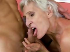 Lusty grandma enjoys procurement say no to soggy pussy slammed