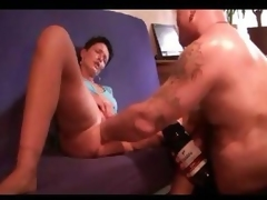Untrained pussy box in and fist