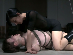 Dutiful hoe gets her tits sucked while hanging upside down