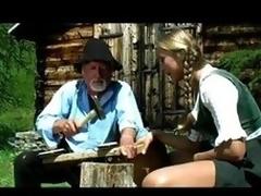 Blonde mountain dame sucks stranger's blarney