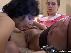 LickSonic Movie: Paulina with the addition of Inessa