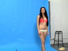 Juvenile Vanessa O shows off beyond everything webcam